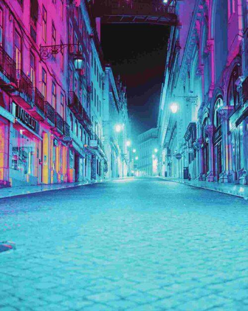 静まり返った夜の街