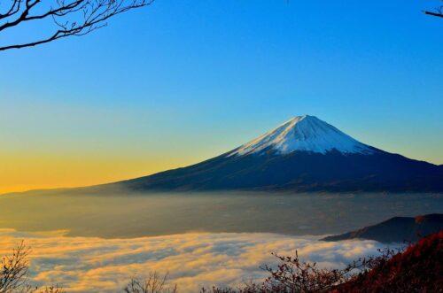 初春の富士山