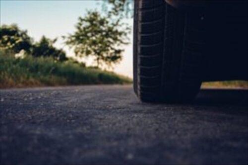 自家用車のタイヤ