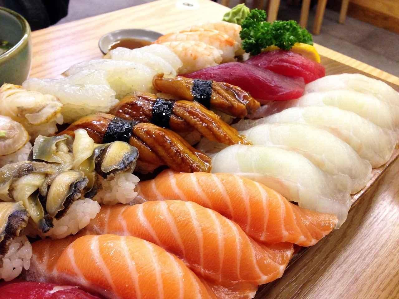 美味しそうなネタで握られた生寿司