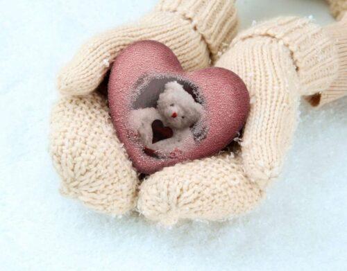 ウールのあたたかそうな手袋